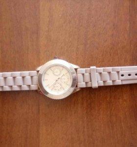 Новые часы h&m, hm