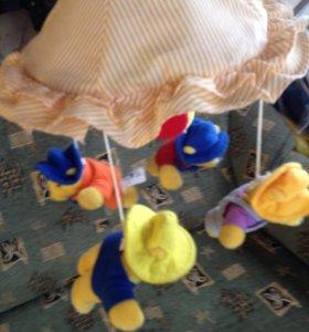 Надкроватная музыкальная детская игрушка