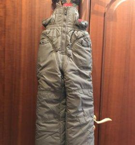 зимний костюм: штаны на лямках и куртка