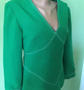 Блузка зелёная