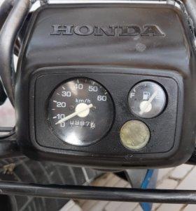 Скутер.Honda Dio
