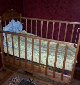Детская кроватка+ ортопедическиий матрас