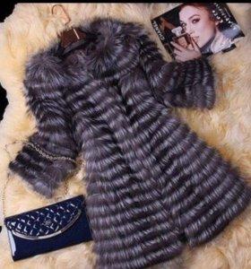 Женское пальто ( чернобурка )