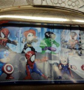 Коллекция супергероев киндер