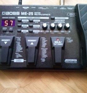 Гитарный процессор эффектов BOSS ME-25