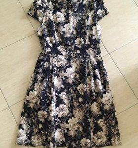 Стильное платье 44-46