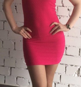Платье мини Ostin 44 р-р