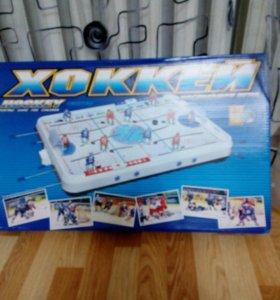 Новый Хоккей . Длина 70 см. Ширина 45 см