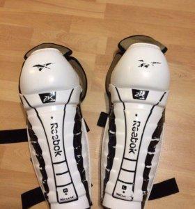 Хоккейные щитки Reebok RBK 2k