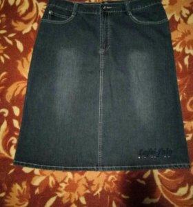 Джинсовая юбка.