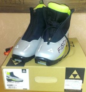 Подростковые лыжные ботинки Fischer XJ Sprint р.38