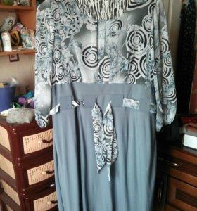 Продам платье р-р 52-54
