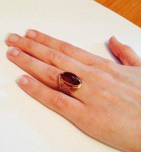 Продам кольцо 583 проба размер примерно 15/16