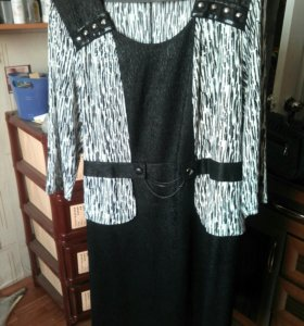 Продам платье р-р 54-56