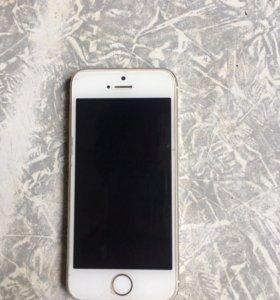 Продам айфон 5s на 16