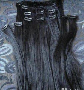 Волосы на заколках темно-кари