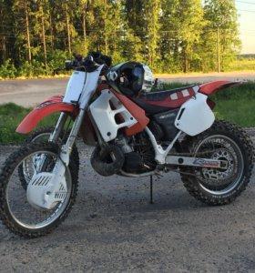 Мотоцикл хонда ср250