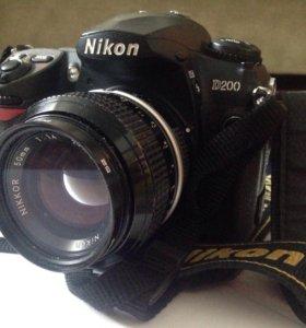 Зеркальный фотоаппарат Nikon D200
