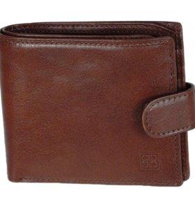 Мужской кожаный кошелёк