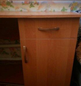 Письменный стол, школьный