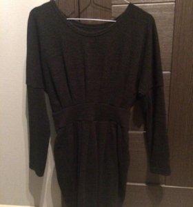 Темно-серое повседневное платье, выше колена