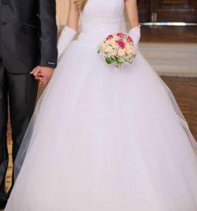 Шикарное свадебное платье)