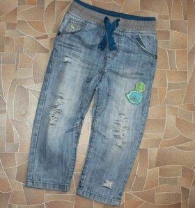 Детские джинсы с дырками