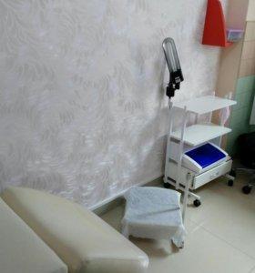 Аренда маникюрного столп и педикюрного кресла