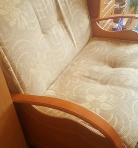 диван и кресло кравать