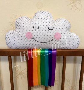 Подушка- облако с радугой