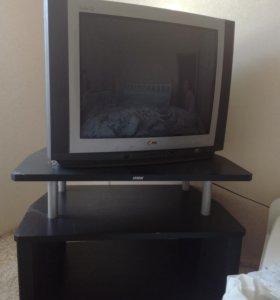 Телевизор LG С с подставкой