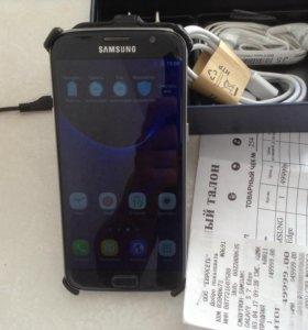 Samsung в идеальном состоянии S7 edge 32g