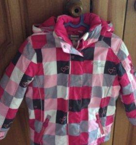 Тёплая куртка ( размер 122 )