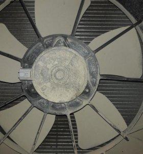 Радиатор основной от тойоты опа с диффузором