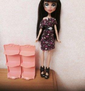 Кукольная мебель . Полочки для кукол .