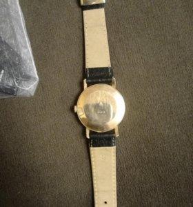 Часы восток 17камней СССР золотые 583 автоподзавод