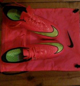 Бутцы футбольные Nike Mercurial.Состояние 9/10.