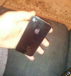 Айфон 4 работает шикарно в отличии одной трещины н