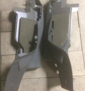 Боковые накладки багажника форд фокус2