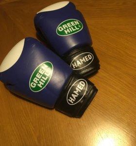 Перчатки для бокса/кикбоксинга