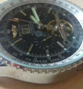 BREITLING Часы