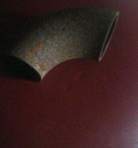 Трубки железные , углом для отопления