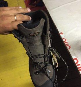 Ботинки трекенговые zamberlan 41 размер, новые