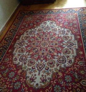 Продам ковёр размер 3х2