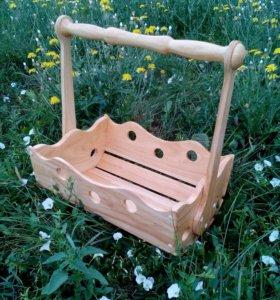 Декоративная деревянная корзинка.