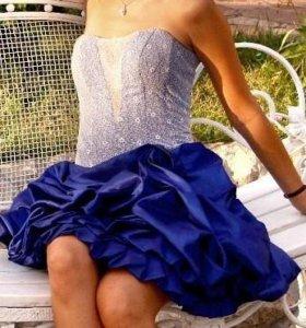 Платье вечернеее очень эффектное