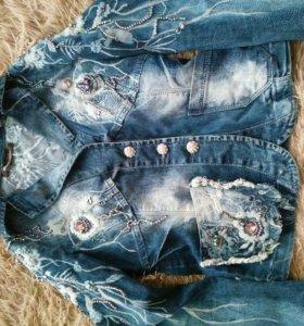 Джинсовый пиджак .(xs)