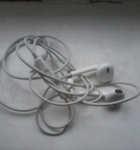 Наушники айфон 5s