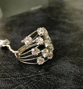 Золотые кольца с природными цирконами 750 проба
