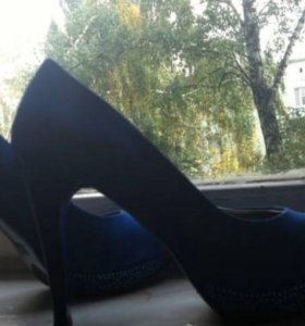 Туфли синие почти новые